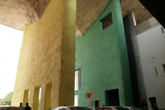 Justizpalast in Chandigarh (Le Corbusier)