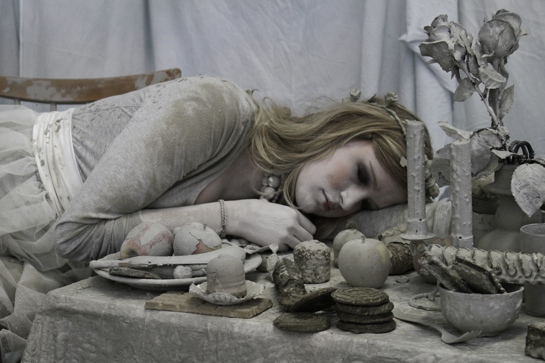 Romantischer Beton: Stillleben in Beton von Anika Hennes und Maike Dosquet