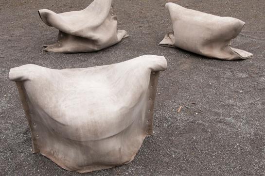 Sitzsäcke aus Concrete Canvas
